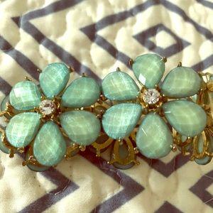 Bracelet (stretchy) great quality!